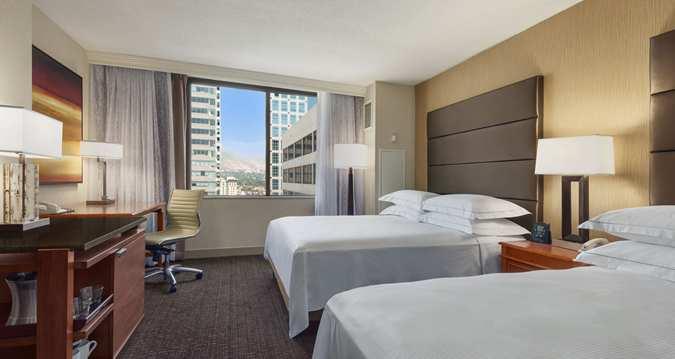 Hilton 2-queen bedroom